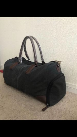 Duffle bag BRAND NEW for Sale in Highland, CA