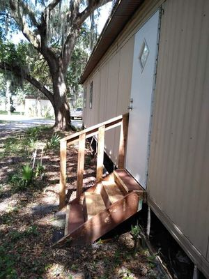 Front and backyard stairs for Sale in Gibsonton, FL