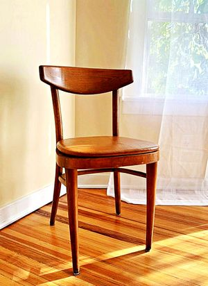 Wooden Shelby Williams Industries MCM chairs (4) with leather seat cushion. for Sale in Alma, WV