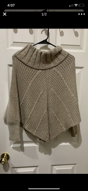 Girls poncho sweater size 10/12 for Sale in Pacheco, CA