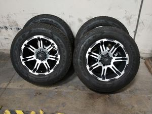 18x9+30 6x139.7 and 265/65/18 90% tires for Sale in Chino, CA