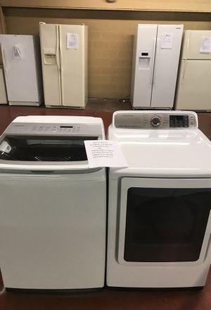 Samsung washer and dryer for Sale in Saint Joseph, MO