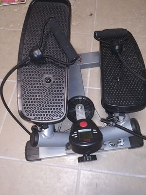 Sunny health and fitness twist stepper workout stepper for Sale in Redford Charter Township, MI