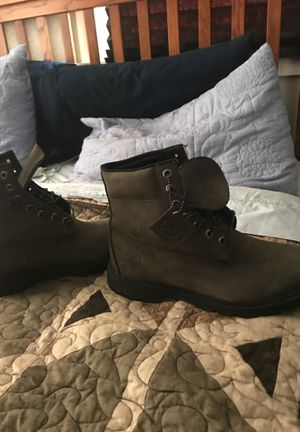 Timberlands wore them once great condition size 10 for Sale in Denver, CO