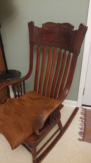 Antique rocking chair for Sale in Lexington, KY