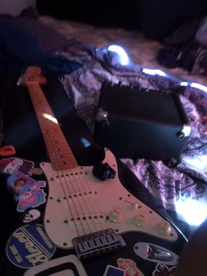 Fender starcaster electric guitar for Sale in San Diego, CA