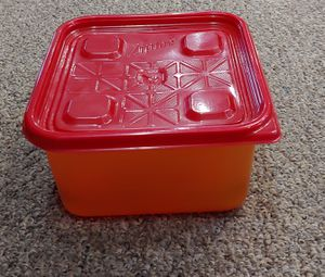 Ziploc Storage Container for Sale in Glen Raven, NC