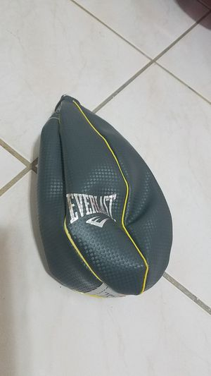 Everlast speed bag for Sale in Hialeah, FL