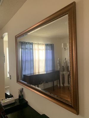 Large Beautiful mirror for Sale in Orlando, FL