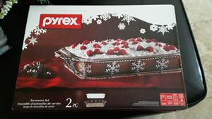Pyrex serveware 2 pc set for Sale in North Las Vegas, NV