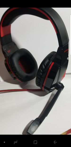 New* gaming headphones (xbox, ps4, pc, mac, Android) for Sale in Sacramento, CA