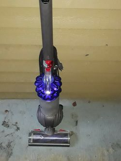 Dyson Ball Vacuum for Sale in Tacoma,  WA