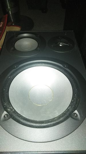Speaker for Sale in Cleveland, OH