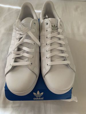 Adidas shoes for Sale in Pico Rivera, CA