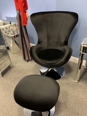 BOMB 2 piece Chair set! $349 for Sale in Atlanta, GA