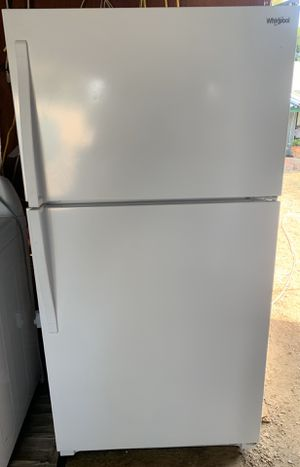 Whirlpool Refrigerator for Sale in Lakeside, CA