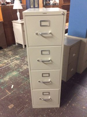 4 Drawer Filing Cabinet for Sale in Bellingham, MA