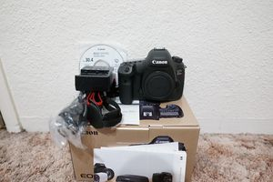 Canon EOS 5DS R 50.6MP Digital SLR Camera Body 38k clicks for Sale in Anaheim, CA