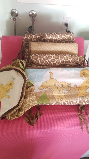 Disney Lion King Adventure 4Piece Crib Bumper and diaper stacker for Sale in Temecula, CA
