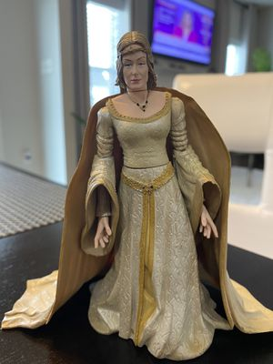 "2004 Marvel Lord Of The Rings Action Figures 6"" LADY EOWYN LOTR collectible for Sale in Fayetteville, NC"