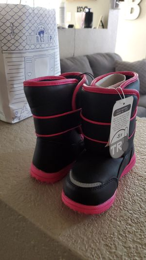 Kids Snow Boots for Sale in Gilbert, AZ