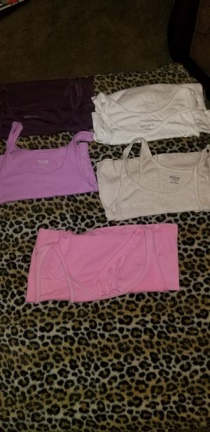 Bundle of 5 Woman's Size Large Tank Tops for Sale in Taylor, MI