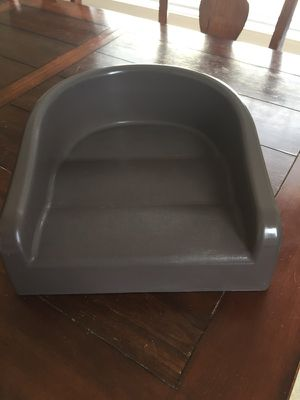 Prince Lionheart soft booster seat for Sale in Colfax, NC