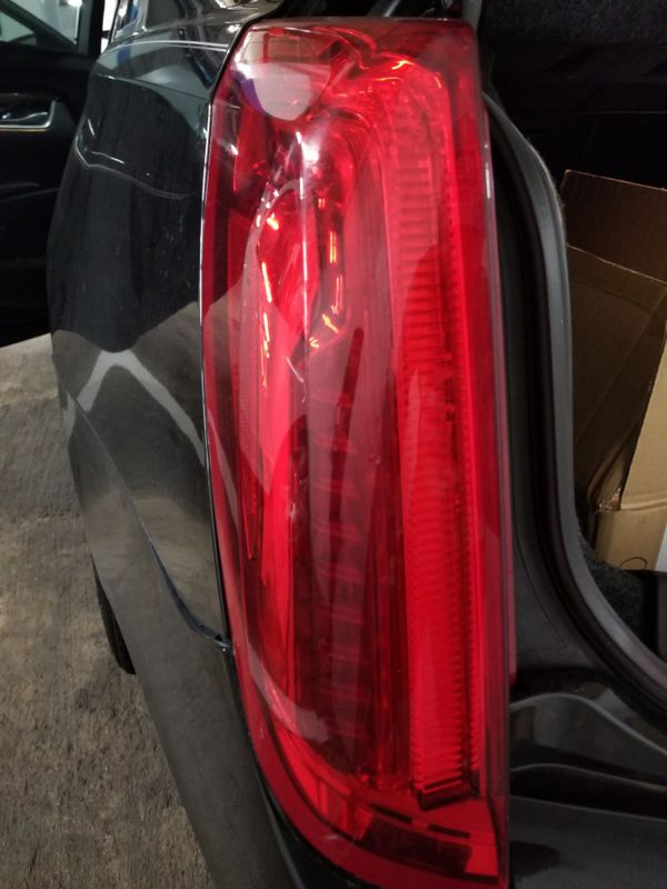 2013 to 2017 Cadillac xts break/Taillight left side
