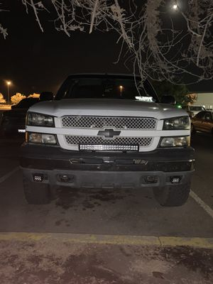 2004 Chevy Silverado 1500 4.8l for Sale in Coalinga, CA