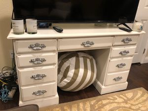 white shabby, chic desk for Sale in San Diego, CA