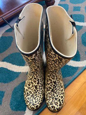 Women's rain boots size 8 for Sale in Everett, MA