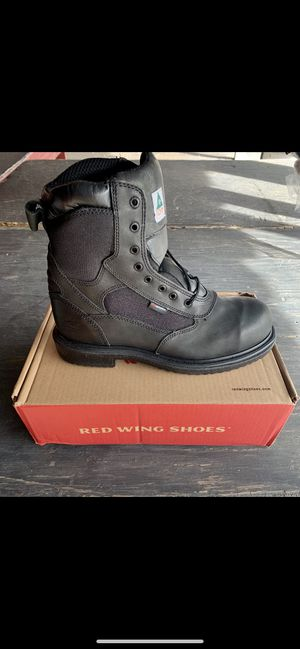 Red Wing work boots size 11 (compare to store price) for Sale in Cheltenham, PA