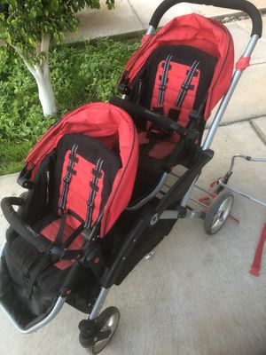 Contours LT Double Stroller plus Car seat Adapter for Sale in Heber, CA
