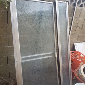 Century shower door good condition for Sale in Tempe, AZ