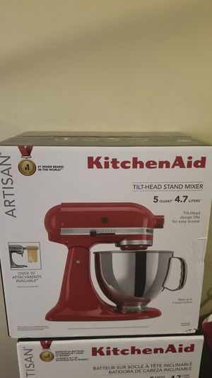 Kitchenaid mixer artisan 5qt red for Sale in The Bronx, NY