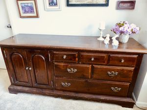 Solid wood large dresser and matching nightstand bedroom set for Sale in Bethesda, MD