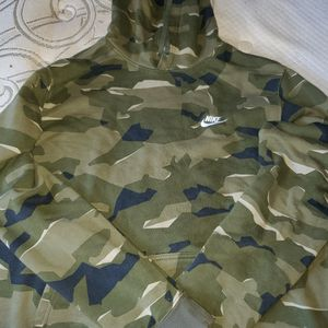 Nike Camo Hoodie Size XL for Sale in Damascus, OR