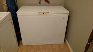 Deep freezer (ready for deer hunting) for Sale in Marietta, MS