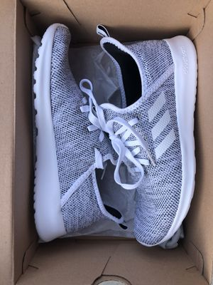 Adidas Cloudfoam Womens Shoes size 8.5 for Sale in Gilbert, AZ