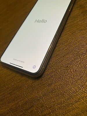 IPhone xs max silver 64 gig for Sale in Backus, MN
