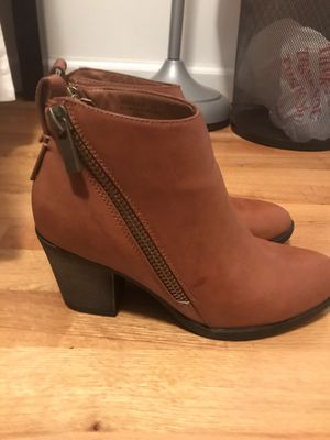 Bamboo Boots Brown women size 7 for Sale in Queens, NY