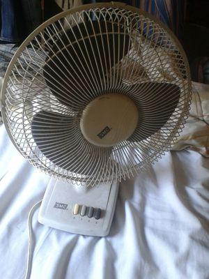 Oscilating Fan for Sale in Bellflower, CA