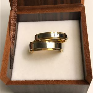 Unisex Gorgeous 🤩😍18K Gold plated Wedding Band Ring Set-Para for Sale in Miami, FL