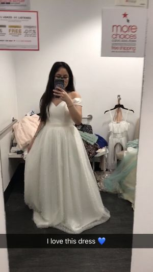 Prom dress size 3/4 from Macy's for Sale in Wheaton, MD