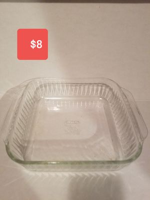 Pyrex casserole dish for Sale in Spring, TX