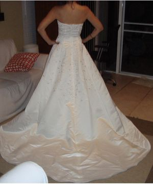 Never used Wedding Dress size 4 for Sale in Key Biscayne, FL