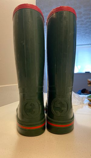 Gucci rain boots taking trades plus cash for Sale in Columbus, OH