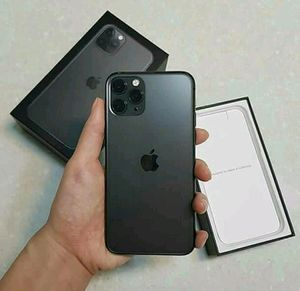 IPhone 11 pro max for Sale in Orangeville, UT