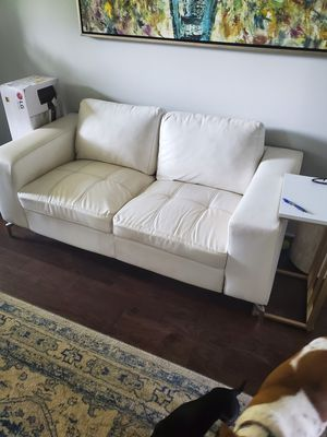 White Leather Couch for Sale in Mt. Juliet, TN