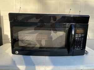 GE space save microwave for Sale in Bradenton, FL